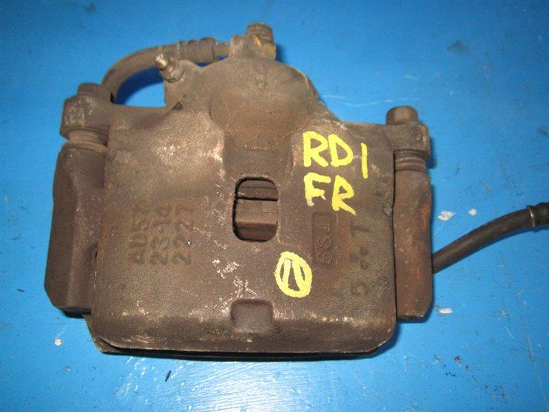 Суппорт Honda Cr-V RD1 передний правый (б/у)