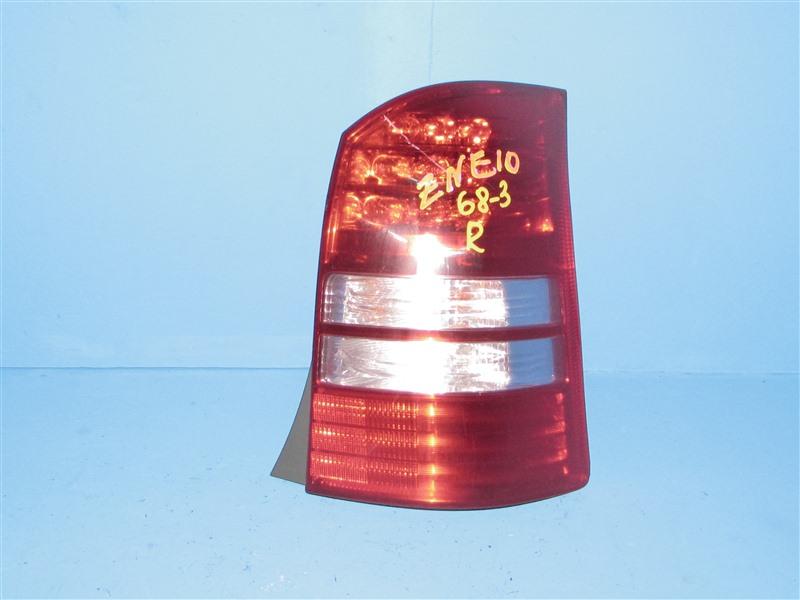 Стоп-сигнал Toyota Wish ZNE10 1ZZFE 2003 задний правый (б/у)