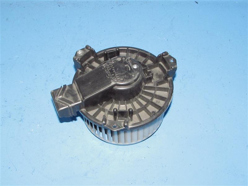 Мотор печки Suzuki Swift ZC11S (б/у)