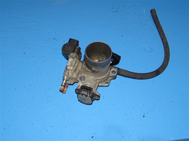 Дроссельная заслонка Toyota Bb NCP30 1NZFE 2004 (б/у)