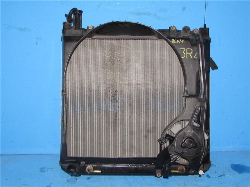 Радиатор основной Toyota Hiace Regius RCH41 (б/у)