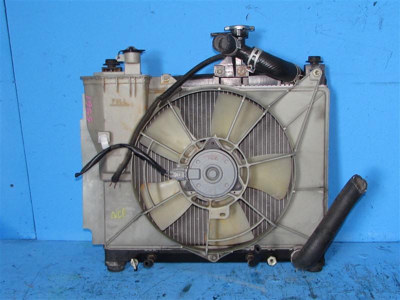 Радиатор основной Toyota Bb NCP30 1NZFE (б/у)