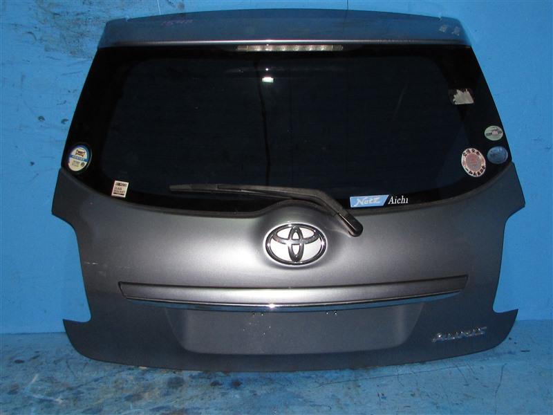 Дверь задняя Toyota Auris ZRE152 2ZR-FAE 2007 (б/у)