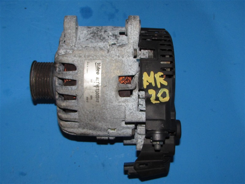 Генератор Nissan Qashqai C26 MR20DD (б/у)