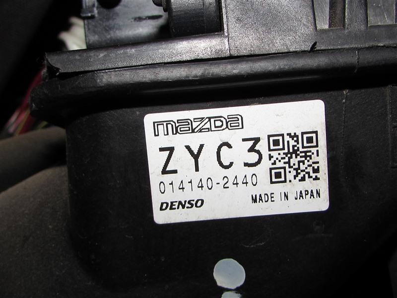 Блок efi Mazda Demio DE3FS ZJ (б/у)