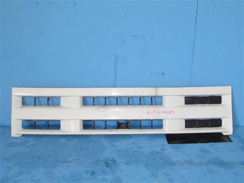 Решетка радиатора Isuzu Elf NHR85 4JJ1 2006 (б/у)