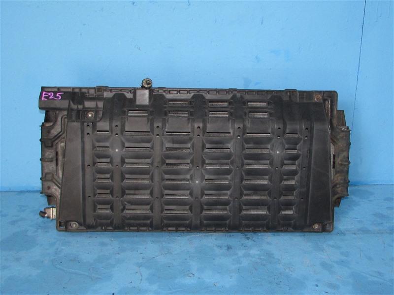 Радиатор кондиционера Nissan Caravan CQGE25 KA24DE (б/у)