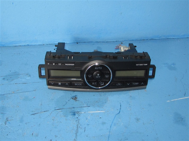Блок климат-контроля Toyota Allion ZRT261 3ZRFAE 2009 (б/у)