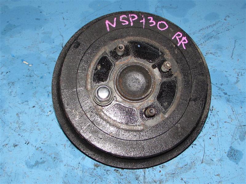 Ступица Toyota Vitz NSP130 задняя правая (б/у)