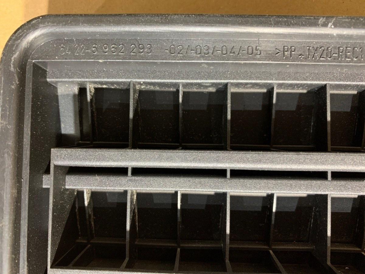 Вентиляционная решетка задняя X3 2007 E83 LCI N52B30