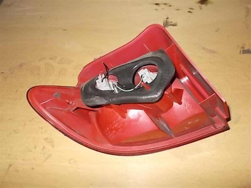 Фонарь задний Mazda Demio DY5W 2003 правый (б/у)