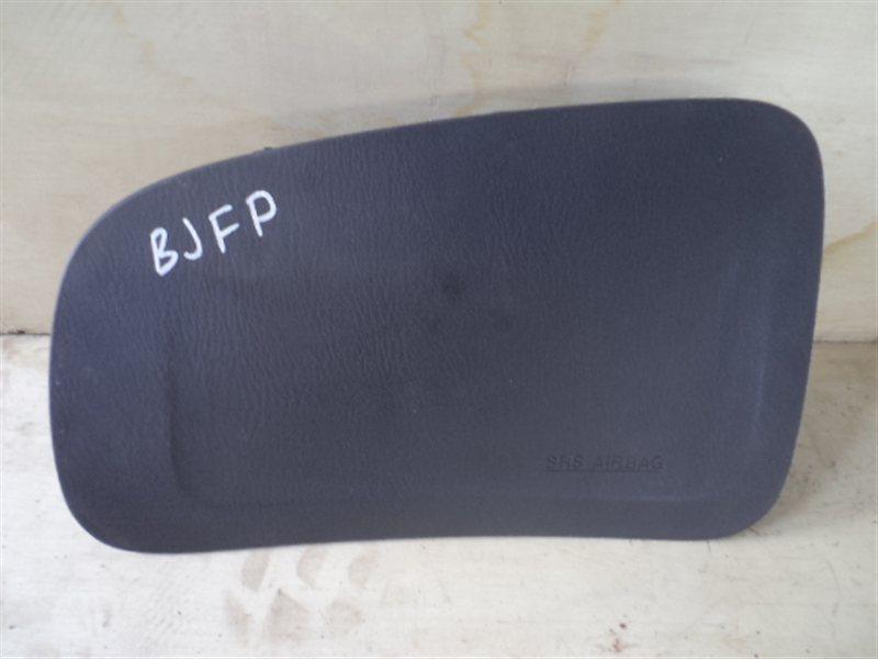 Аирбаг пассажирский Mazda Familia BJFP 2002 (б/у)