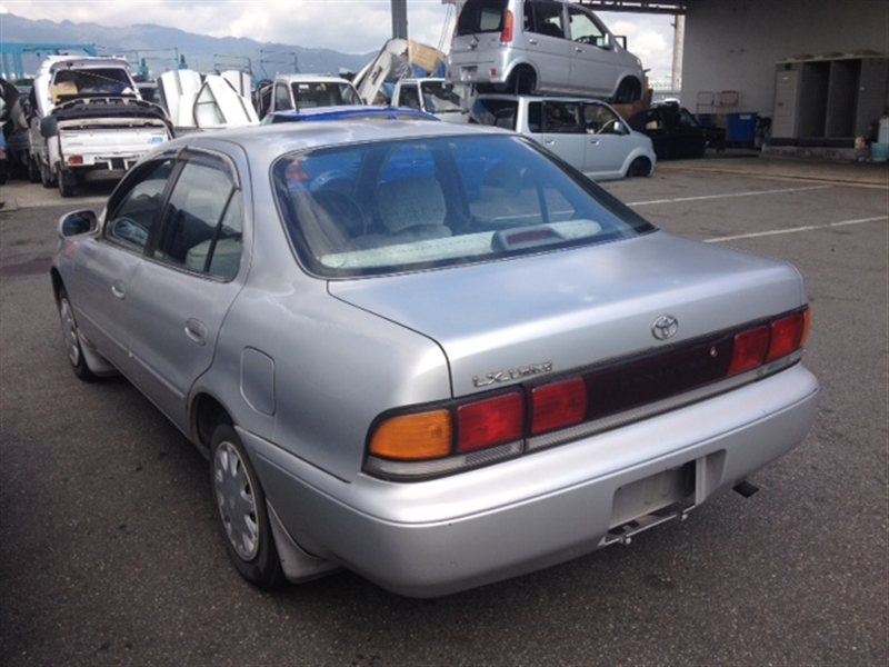 Лючок бензобака Toyota Sprinter AE100 1994 (б/у)
