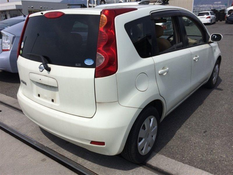 Лючок бензобака Nissan Note E11 2005 (б/у)