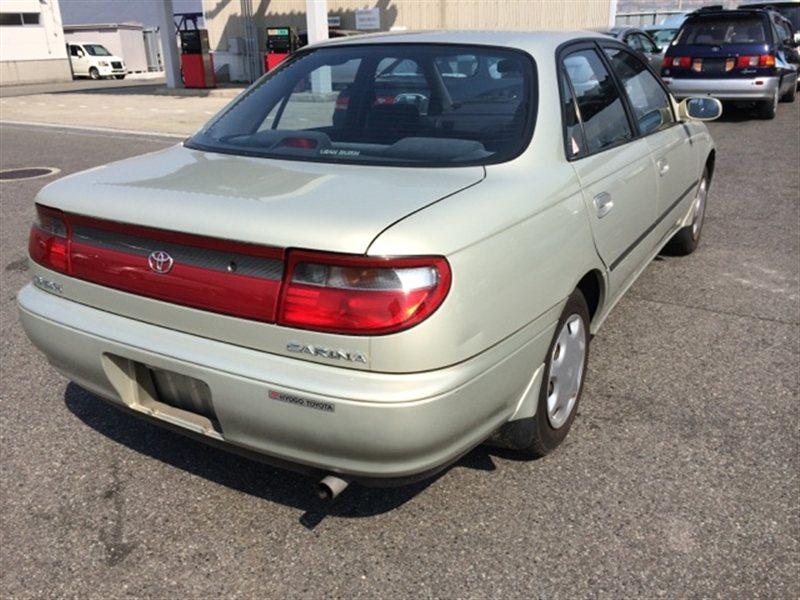 Фонарь задний Toyota Carina AT191 1995 правый (б/у)