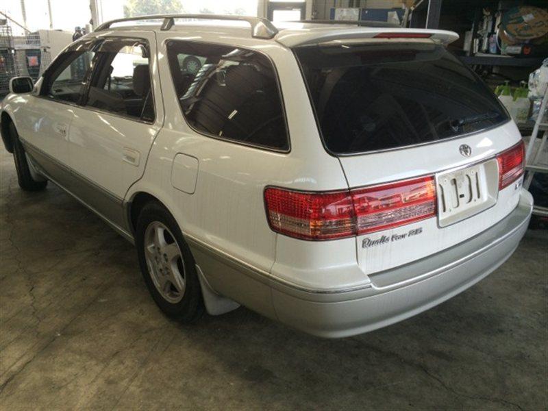 Фонарь задний Toyota Mark Ii Qualis MCV25 2001 левый (б/у)