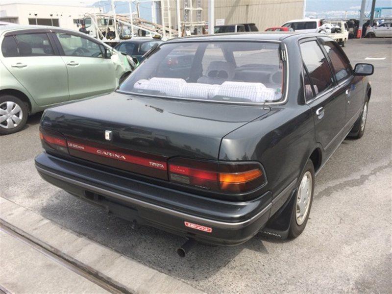 Фонарь задний Toyota Carina ST170 1988 правый (б/у)