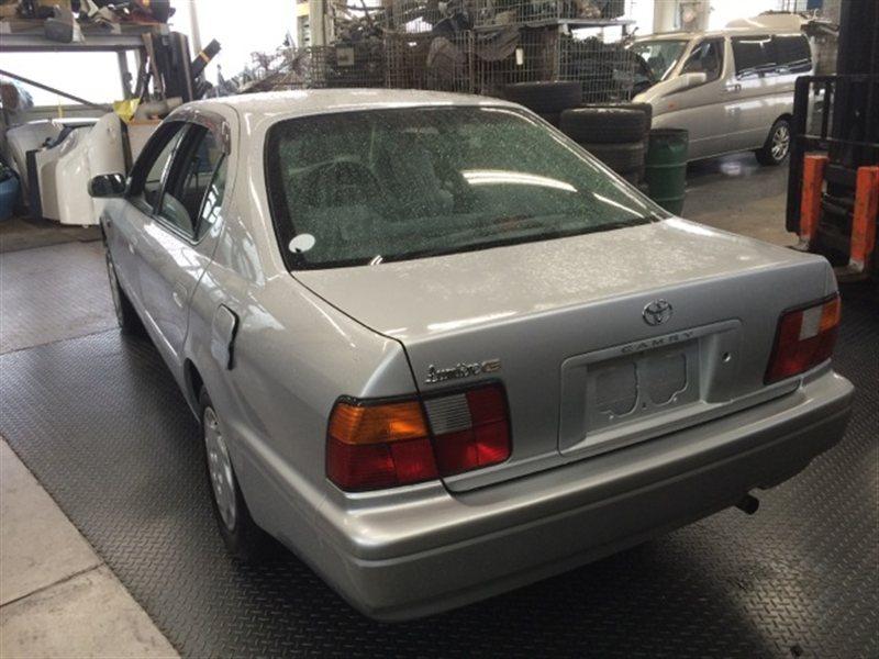 Лючок бензобака Toyota Camry SV40 1998 (б/у)