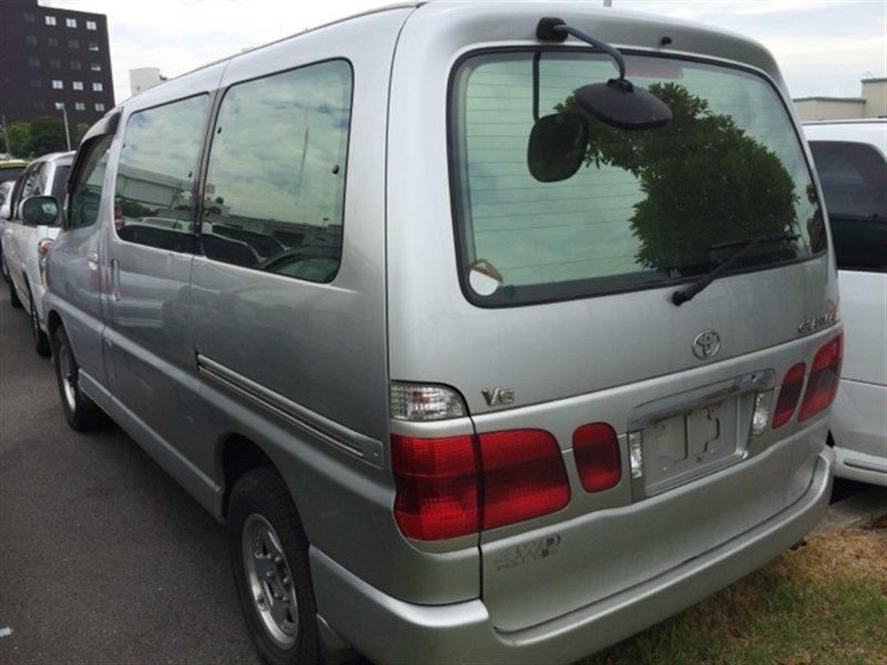 Стекло собачника Toyota Granvia VCH16 1999 левое (б/у)