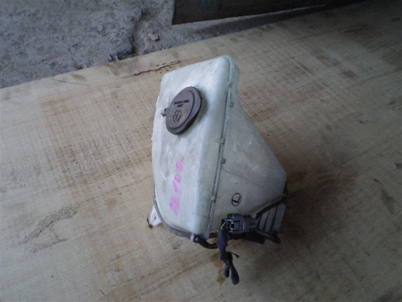 Бачок омывателя Toyota Corolla AE100 (б/у)