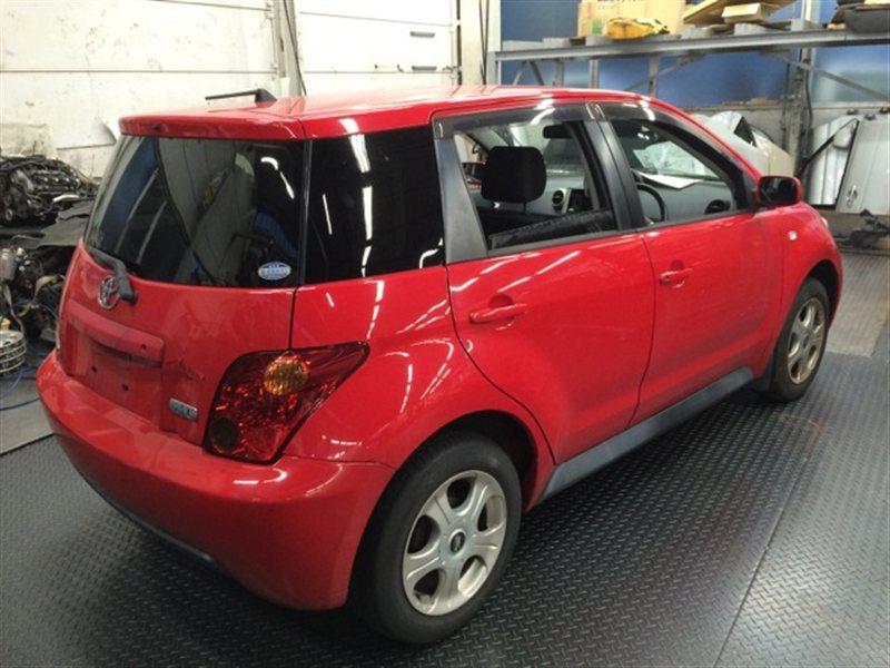 Накладка на порог Toyota Ist NCP65 2002 правая (б/у)