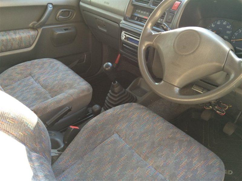 Аирбаг пассажирский Suzuki Jimny JB23W 2000 (б/у)