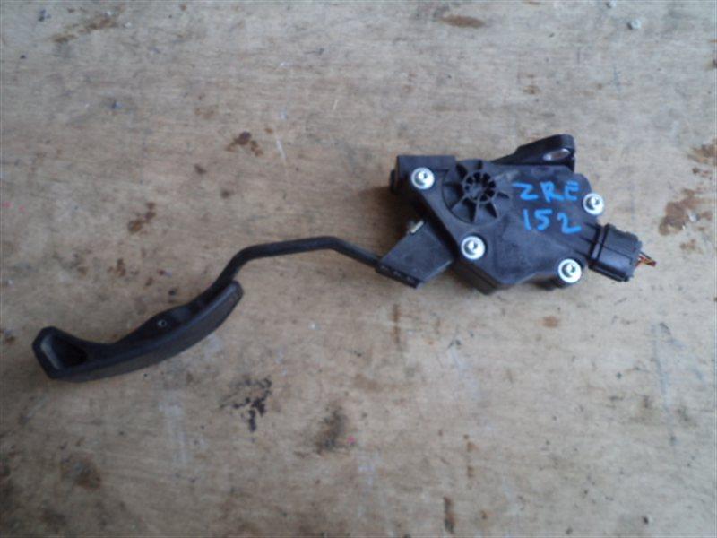 Педаль подачи топлива Toyota Auris ZRE152 2ZR (б/у)