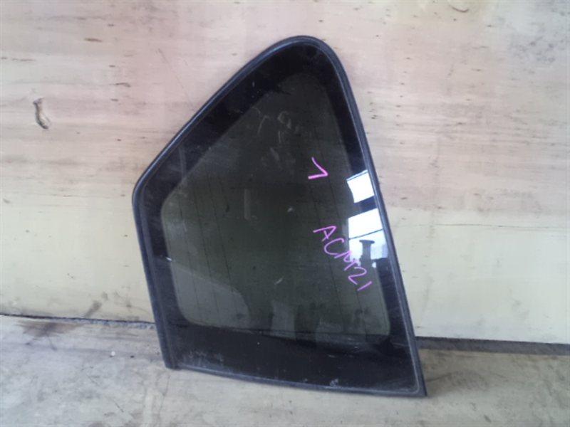 Стекло собачника Toyota Ipsum ACM21 левое (б/у)