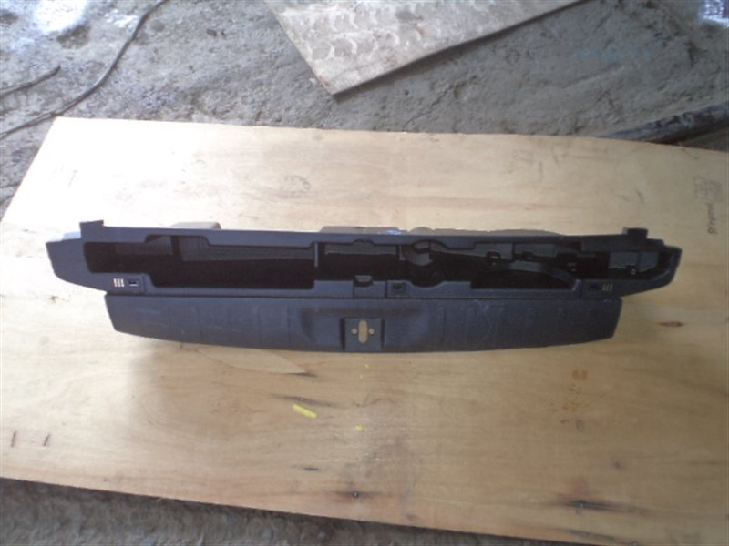 Накладка замка багажника Honda Cross Road RT2 (б/у)