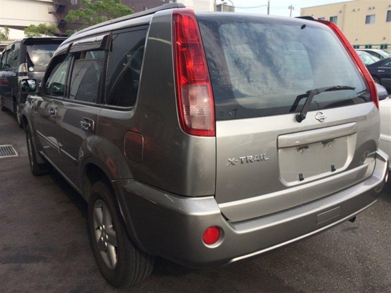 Стекло собачника Nissan Xtrail NT30 2004 левое (б/у)