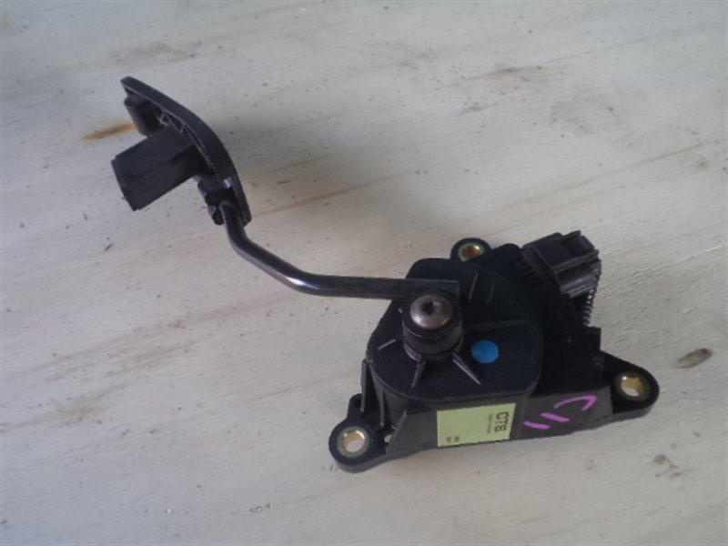 Педаль подачи топлива Nissan Tiida C11 2004 (б/у)