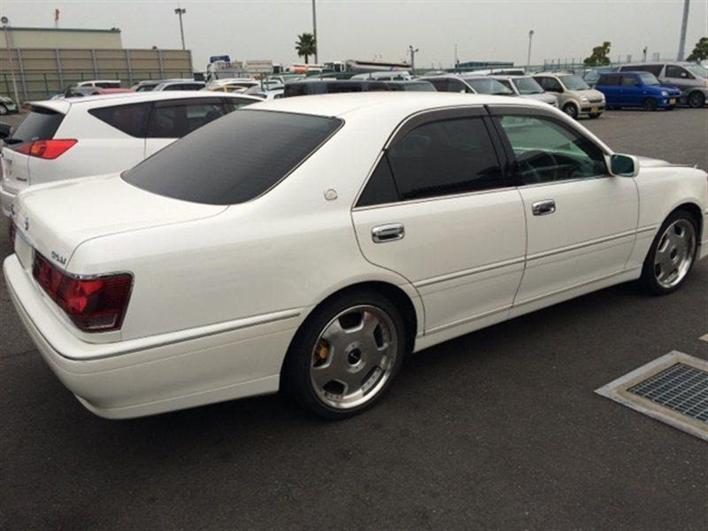 Накладка на порог Toyota Crown Athlete JZS171 1999 правая (б/у)
