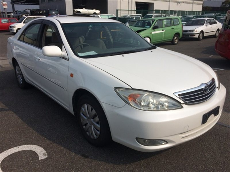 Жабо Toyota Camry ACV30 2003 (б/у)