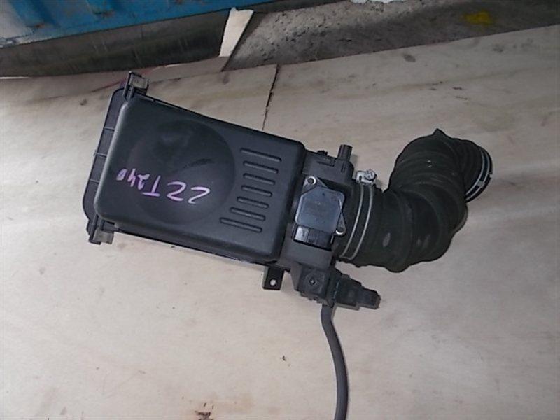 Корпус воздушного фильтра Toyota Premio ZZT240 2003 (б/у)