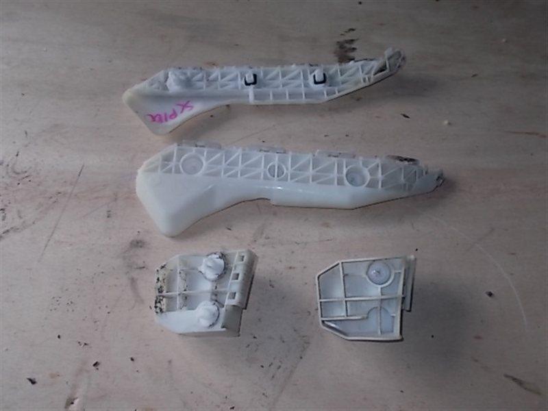 Крепление крыла и бампера Toyota Ractis SCP100 2006 заднее (б/у)