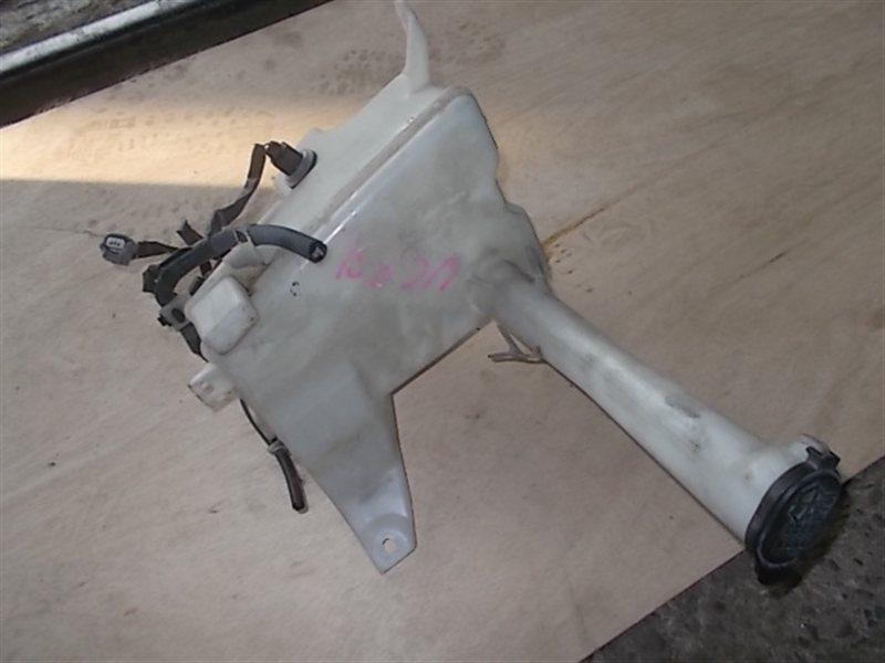 Бачок омывателя Toyota Celsior UCF31 2002 (б/у)