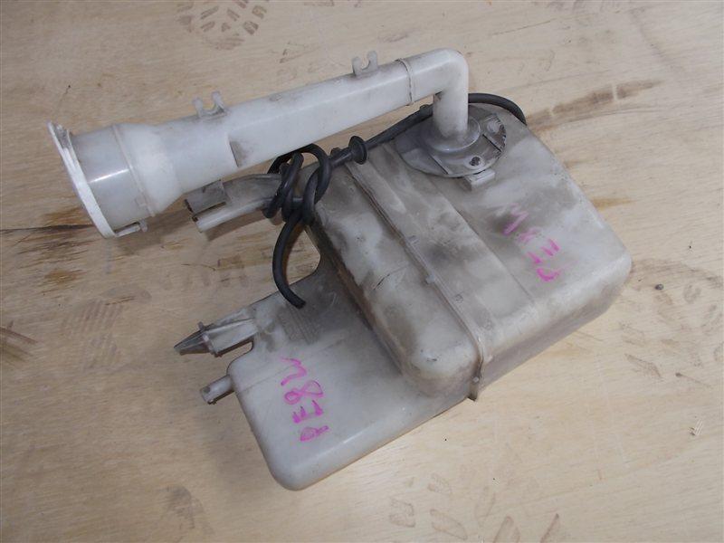 Бачок омывателя Mitsubishi Delica PE8W 1996 (б/у)