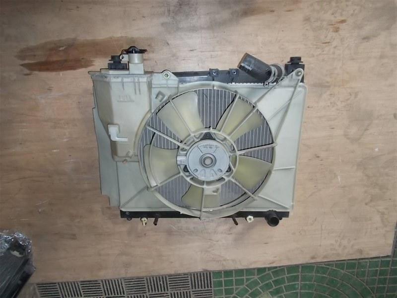 Радиатор Toyota Ist NCP61 1NZ 2002 (б/у)
