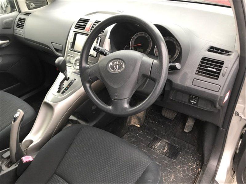 Аирбаг на руль Toyota Auris NZE154 2007 (б/у)