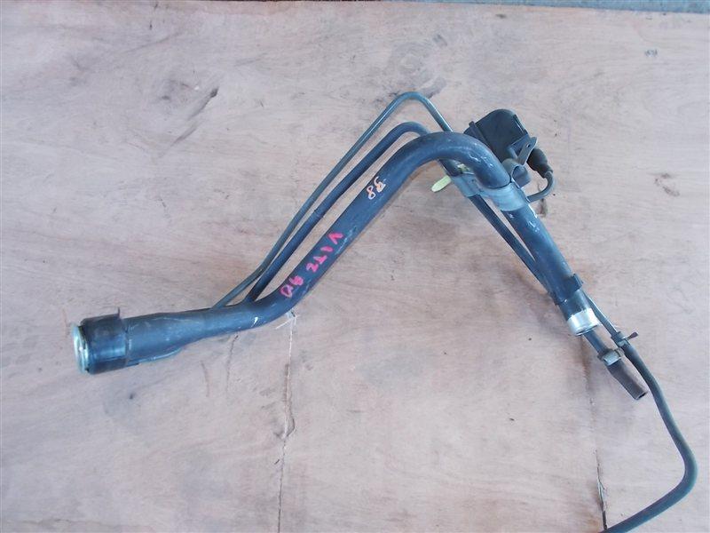 Горловина топливного бака Toyota Vitz SCP90 (б/у)