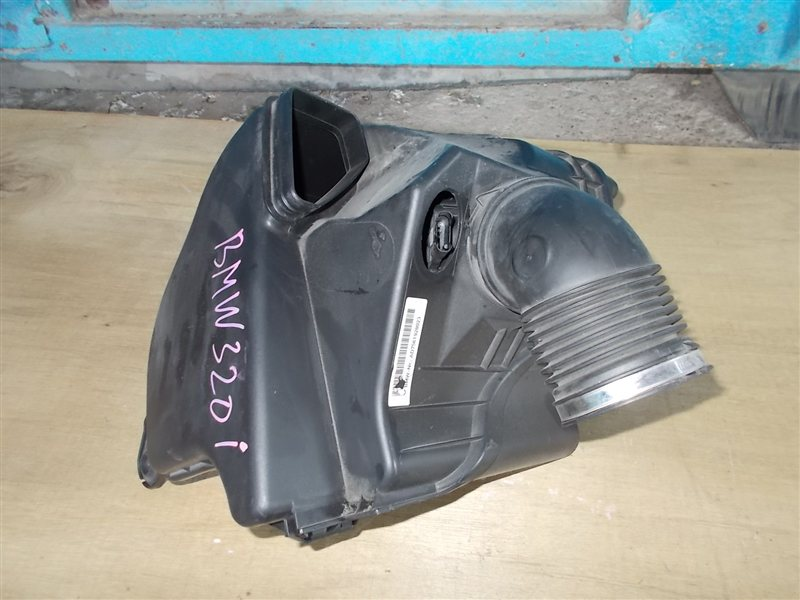 Корпус воздушного фильтра Bmw 3 Series E90 N46B20 2010 (б/у)