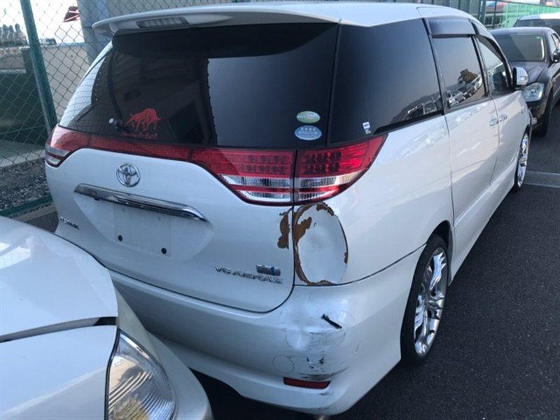 Накладка 5-й двери Toyota Estima GSR50 2007 (б/у)