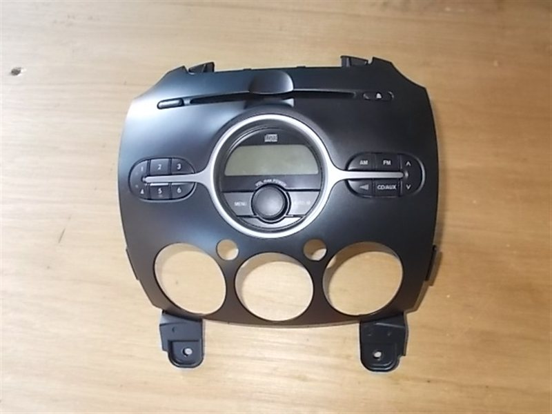 Магнитофон Mazda Demio DE3FS (б/у)