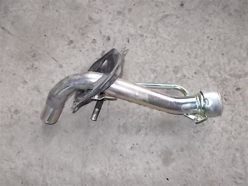 Горловина топливного бака Toyota Hiace LH178 2001 (б/у)