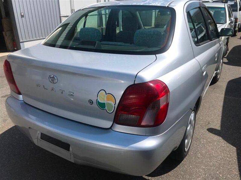 Крышка багажника Toyota Platz NCP12 2000 (б/у)