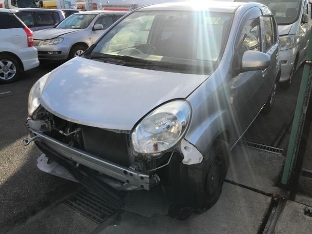 Фара Toyota Passo KGC30 1KR 2010 правая (б/у)