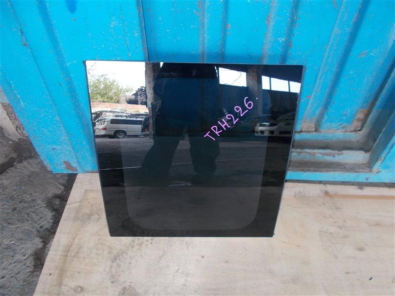 Стекло салона Toyota Hiace TRH226 левое (б/у)