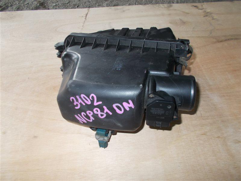 Корпус воздушного фильтра Toyota Sienta NCP81 1NZ 2004 (б/у)