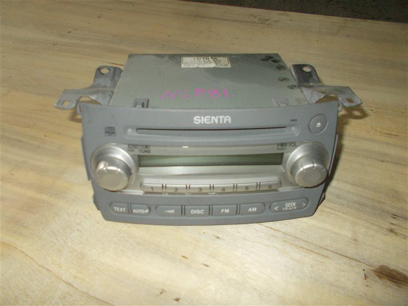 Магнитофон Toyota Sienta NCP81 1NZ 2004 (б/у)
