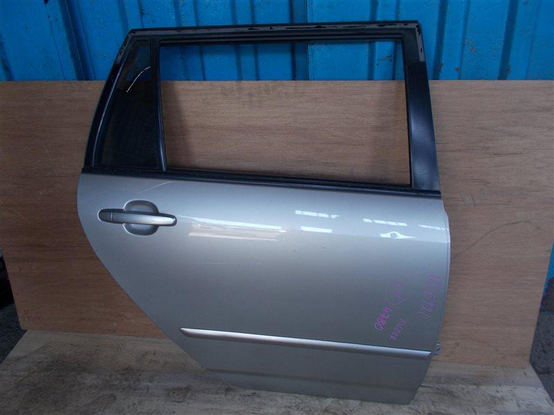 Дверь Toyota Corolla Fielder NZE121 1NZ 2004 задняя правая (б/у)
